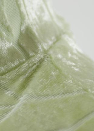 Салатовая велюровая блуза