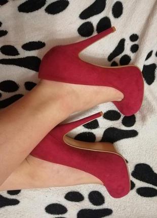 Туфли на высоком каблуке розовые