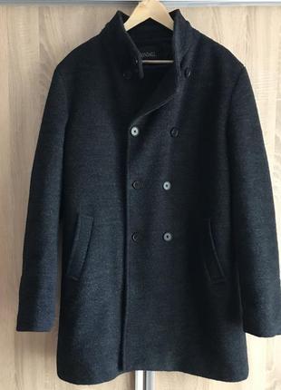 Пальто зимово-осіннє