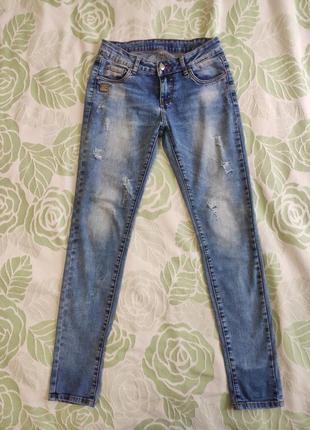 Джинси з рваностями, 27 р, джинсы