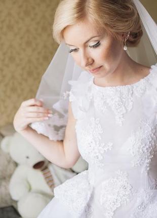 Весільна сукня-трансформер