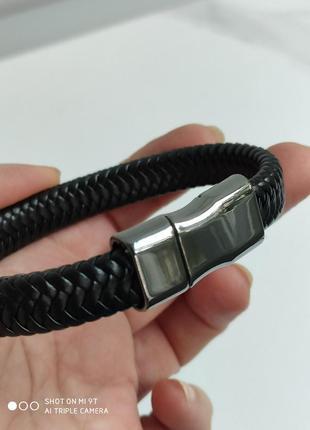 Кожаный браслет на магните