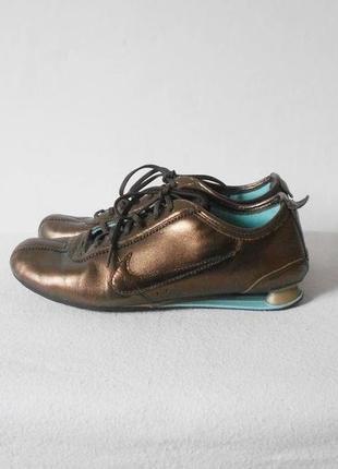 Кожаные спортивные беговые кроссовки  nike