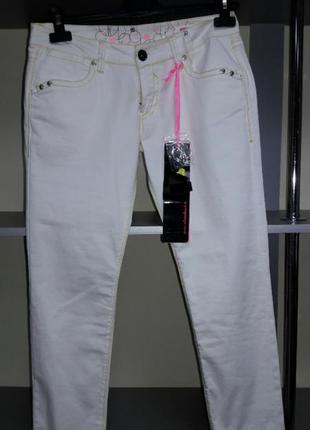 Узкие джинсы silvian heach