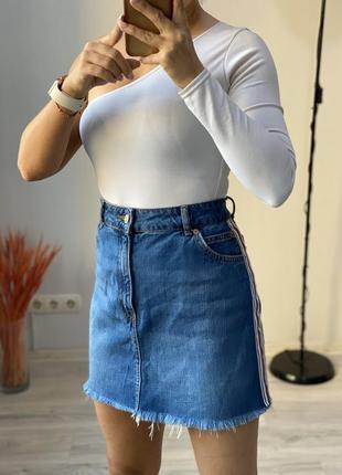 Юбка джинсовая с лампасами topshop