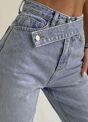 Шикарні джинси кльош є фото реал