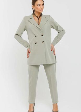 Женский серый брючный деловой костюм с двубортным жакетом (ко 3420 rmmr)
