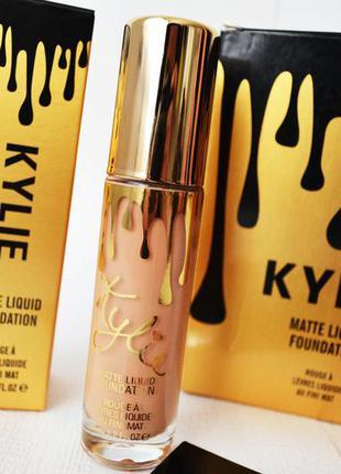 Тональный крем для лица kylie matte liquid foundation оттенок №6