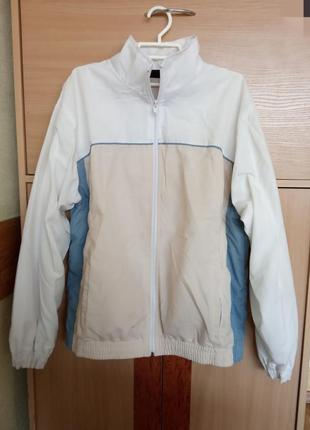 Качественная, брендовая, стильная, куртка - ветровка на молнии