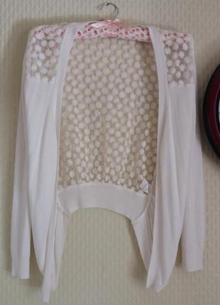 Ассиметричная кофточка с красивой ажурной спинкой
