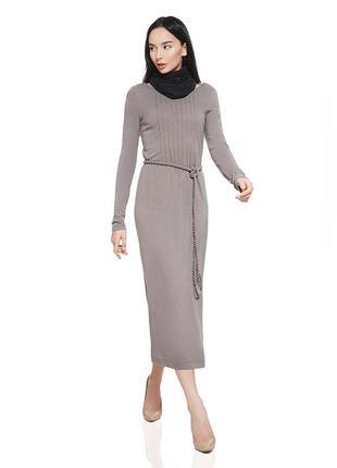 Платье прямого кроя.футляр с поясом