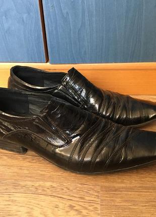 Мужские лаковые свадебные туфли