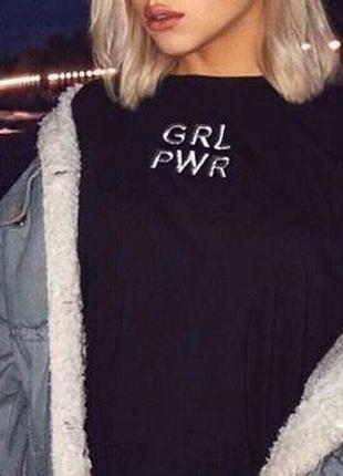 Чёрная футболочка с надписью