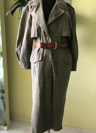 Пальто фирменное с кожаным  ремнём и отделкой из кожи  брюки подарок 🎁!