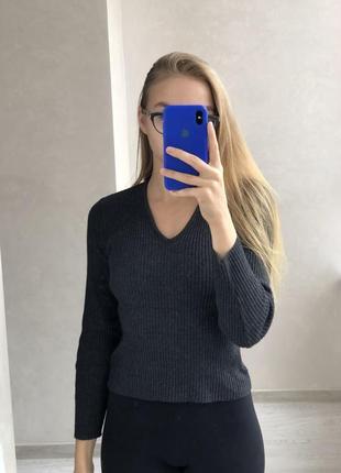 Пуловер серый в рубчик с шерстью kookai