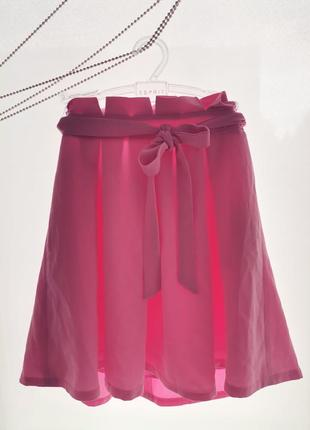 Новая розовая юбка с поясом в складку