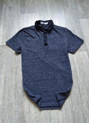 Стильная мужская футболка