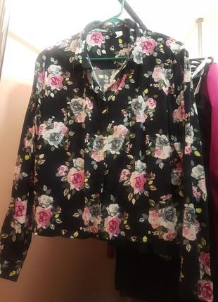 Рубашка блуза в цветочный принт