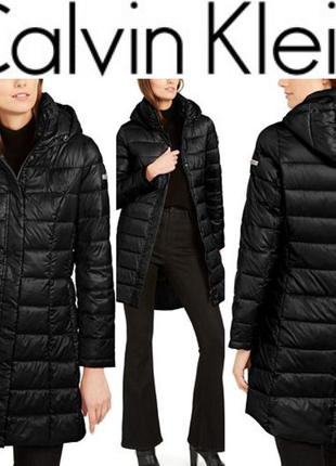Пуховое пальто с капюшоном от calvin klein