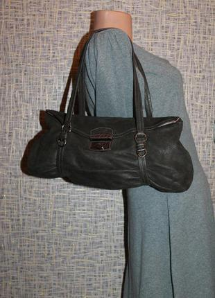 Prada vitello pushlock leather bag