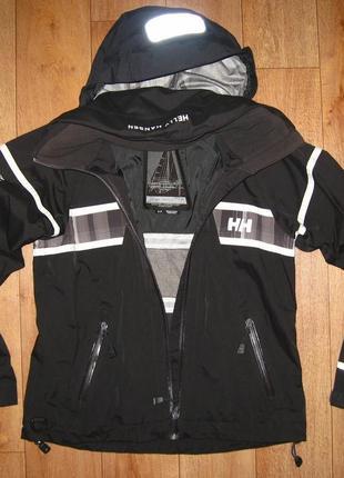 Куртка (ветровка) спортивная, фирменная helly hansen
