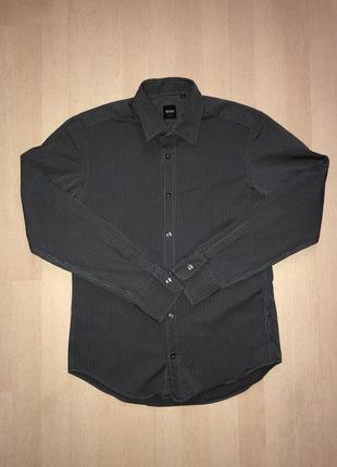 Мужская классическая рубашка от бренда boss