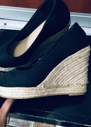 Безумно красивые туфли continent