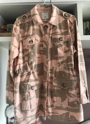 Куртка-рубашка.