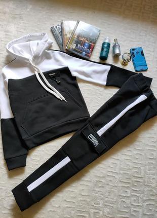 Теплый спортивный костюм для мальчика ,размеры в наличии 158