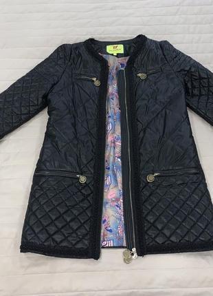 Стильное женское пальто демисезон