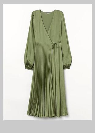Мега шикарное платье плиссе на запах оливковый цвет миди платье на запах h&m