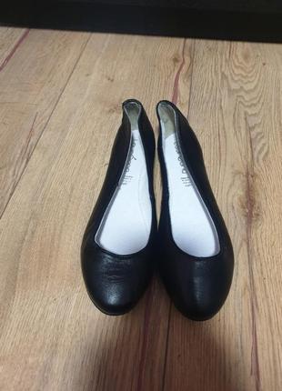 Распродажа!!! цена закупки!!!балетки полностью кожаные. последний размер.