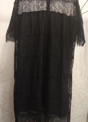 Шикарное черное платье из гипюра