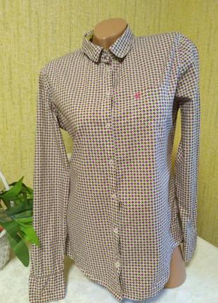 Классная рубашка в принт