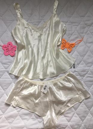 Комплект майка и шорты из нежного атласа 12\14 белая пижама для дома и сна l\xl