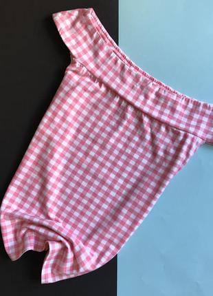 Футболка /блуза с спуском на плечи розовая