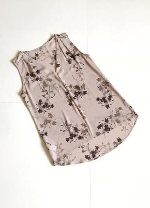 Актуальная длинная блуза без рукавов под шифон