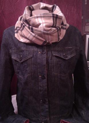 Трендовая теплая джинсовая куртка двухсторонняя на синтипоне burberry шарф в подарок