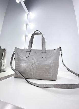 Серая сумка шоппер с эффектом крокодиловой кожи сумочка carpisa италия