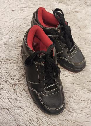 Роликовые кроссовки skate runner