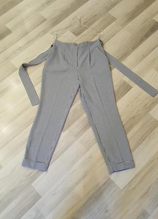 Стильные брюки dorothy perkins. трендовая клетка.