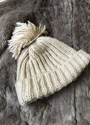 Актуальная шапка крупная вязка с помпоном