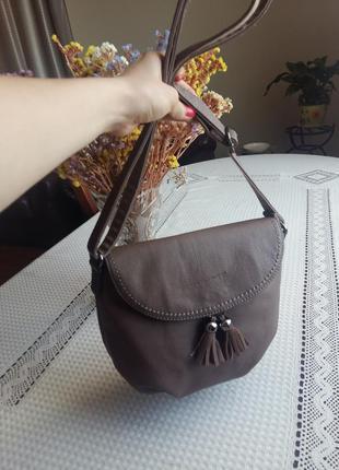 Красивая новая сумка кроссбоди david jones