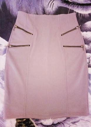 Симпатичная стрейчевая юбка