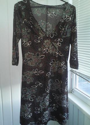 Красивое платье,размер 46-50