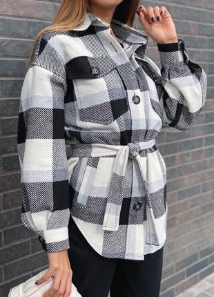 Рубашка в клетку с поясом тренд осени
