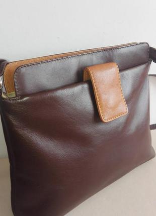 Актуальная,удобная кожаная сумка ashliecraft leather англия