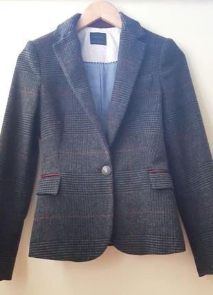 Приталенный пиджак zara