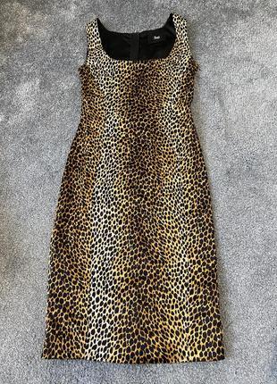 Шелковое платье d&g