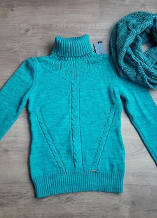 Шерстяной свитер +шерстяной снуд